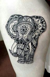 tatuaje mandala de elefante